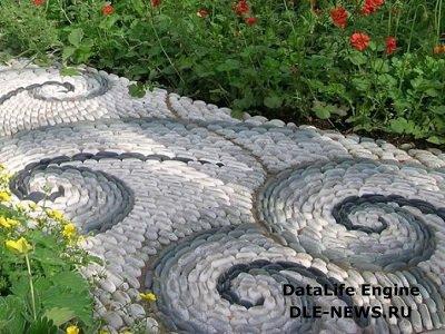 Преимущества каменных дорожек на загородном участке