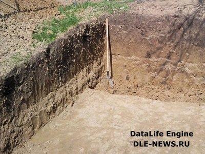 Сооружение котлована и фундамента под погреб