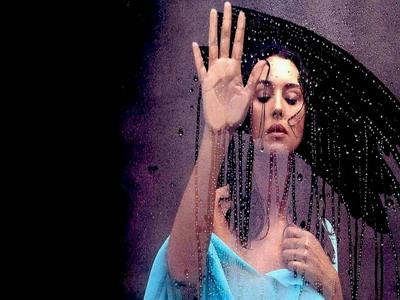 Как защитить зеркало в ванной от запотевания