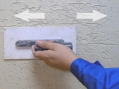 Как наносить штукатурку короед?