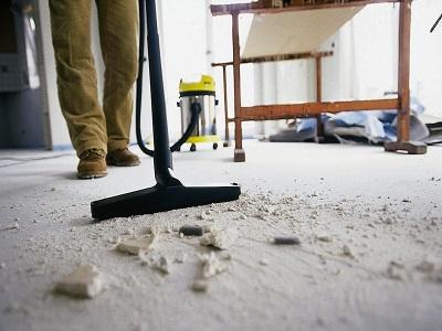Как убрать большой коттедж после ремонта