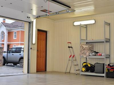 Теплое местечко для авто: обшиваем гараж пенопластом