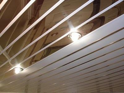 Выбор реечного потолка