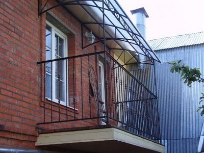 Создаем крышу над балконом