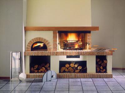 Камины дровяные: разновидности и конструкционные особенности