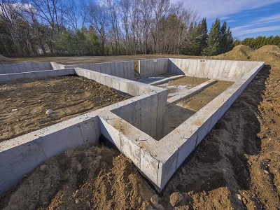 Особенности выбора типа фундамента при постройке дома