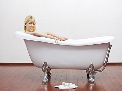 Почему лучше купить акриловую ванну