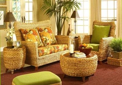 Плетеная мебель из искусственного ротанга в интерьере дома